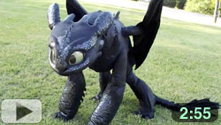 Fan Creates Own Toothless Quadsuit Costume